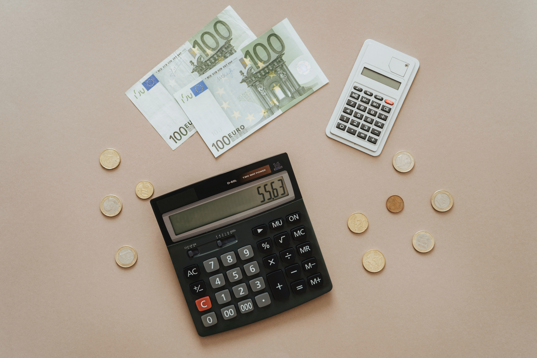 Nueva deducción en IRPF y aplazamiento de incrementos de las tarifas sobre las estancias en establecimientos turísticos